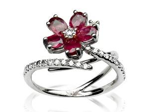 有色寶石(紫紅) 鑽戒