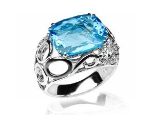 有色寶石(藍) 鑽戒