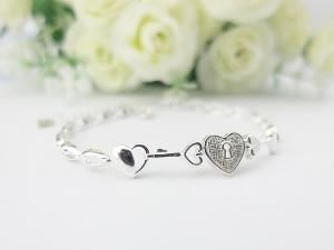 愛心銀手鍊